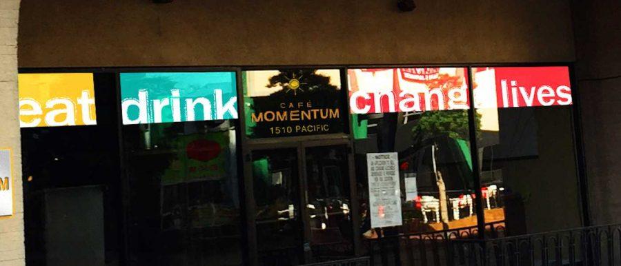 Caf%C3%A9+Momentum+Gains+Momentum
