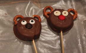 How to Make Reindeer Oreo Pops Just in Time for the Holidays