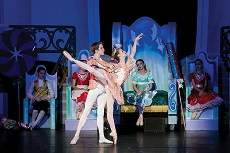 Dec. 7, 2014 Sophomore Rachel Rohrich danced as the sugar plum fairy n the Dallas Conservatory's Nutcracker. Photo provided by Rachel Rohrich