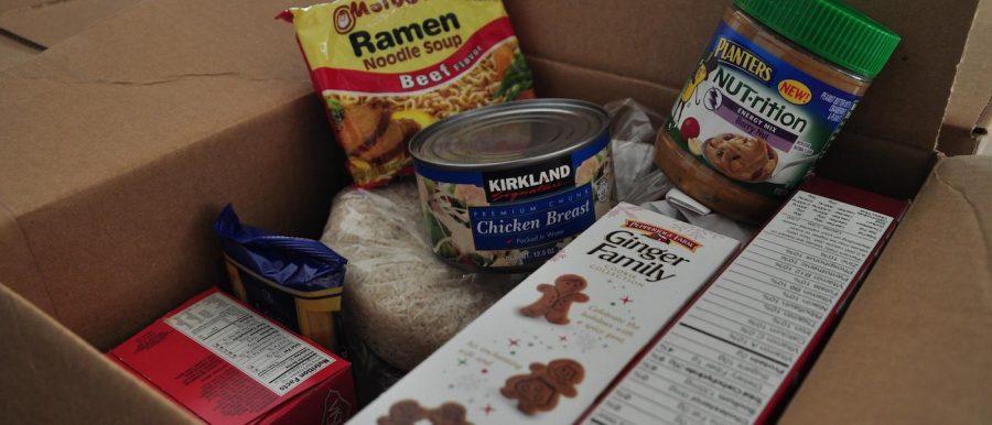 Food+Drive+Fills+Hunger+Gap+in+Dallas