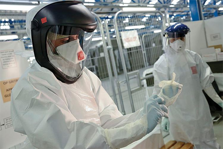 Scientists conduct research to find a cure for the Zika virus after the outbreak in May of 2015// Photo provided by DFID - UK DEPARTMENT FOR INTERNATIONAL DEVELOPMENT