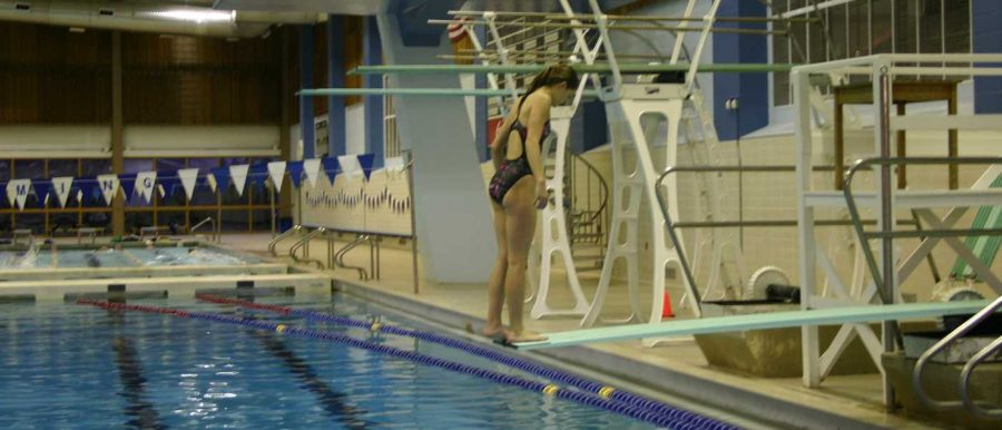 Diving+Team+Trains+For+SPC