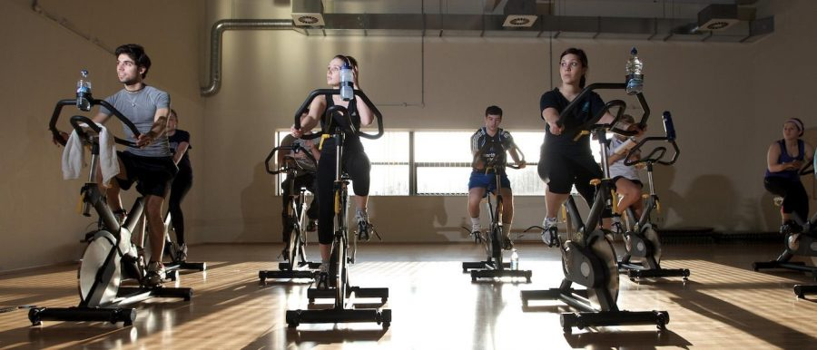 Sports images - 14/03/11 - Lee Westwood sports center Clifton, Spinning