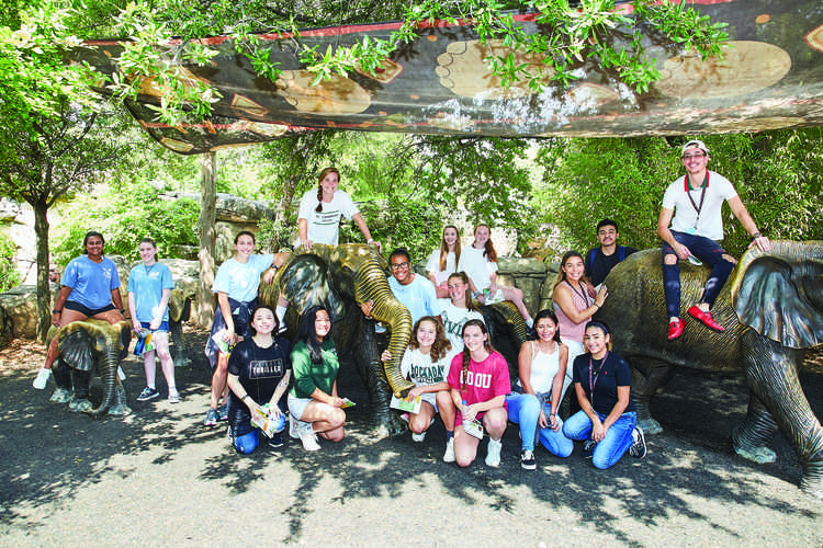Hockaday and WT White High Schools at the Dallas Zoo on September 7, 2018