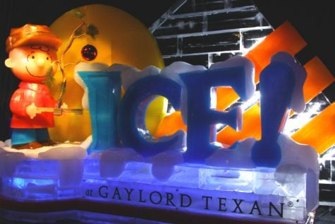 ICE! at the Gaylord Texan Features A Charlie Brown Christmas