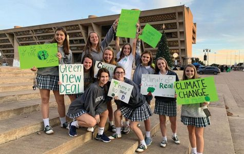 Sophomores Challenge the Government: Students take hands-on approach to political issues
